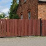 Dom-Bud Koronowo - ogrodzenie drewniane wjazdowe